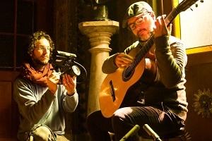 Acervo lança vídeos inéditos com o violonista Thiago Colombo
