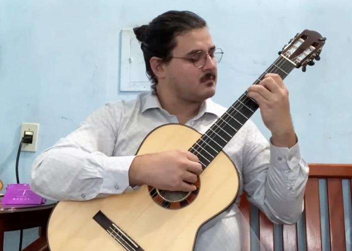 Capa do vídeo Octávio Deluchi - Prelúdio e Dança N. 4 (Luis Carlos Barbieri) - Violão brasileiro
