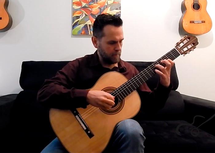 Capa do vídeo Flavio Apro - Três Miniaturas Húngaras de Huzella, Sugar e Bartók