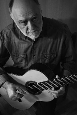 Arturo Medina dirige curso no Sesc SP sobre ritmos e gêneros musicais na América hispânica