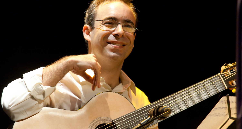 Carlos Chaves