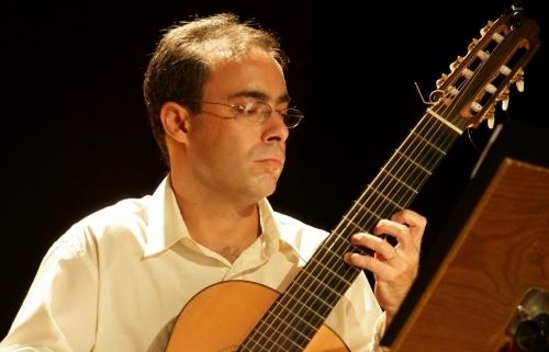 Choro de Bela (Carlos Chaves) - partitura violão solo