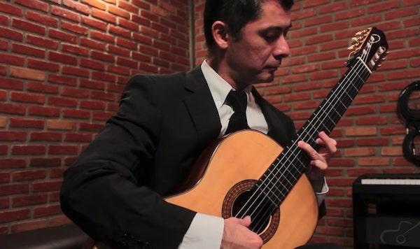 O violão clássico e romântico são temas de workshop online neste fim de semana