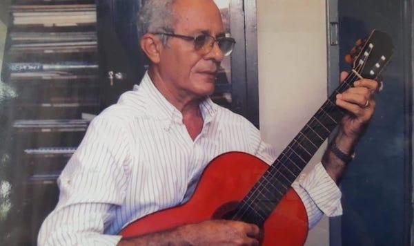 José Mário de Araújo - Memória e trajetória na constituição do campo de ensino do violão no Ceará