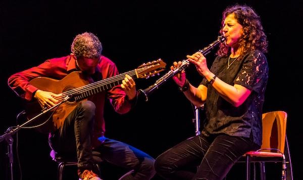Com repertório inédito, violonista Marcello Gonçalves e a clarinetista Anat Cohen fazem show online neste sábado
