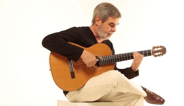 Arranjos Para Violão Solo de Marco Pereira, por Carlos Vaz