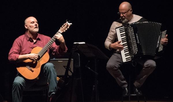 André Siqueira grava obras de Toninho Ferragutti transcritas para o violão