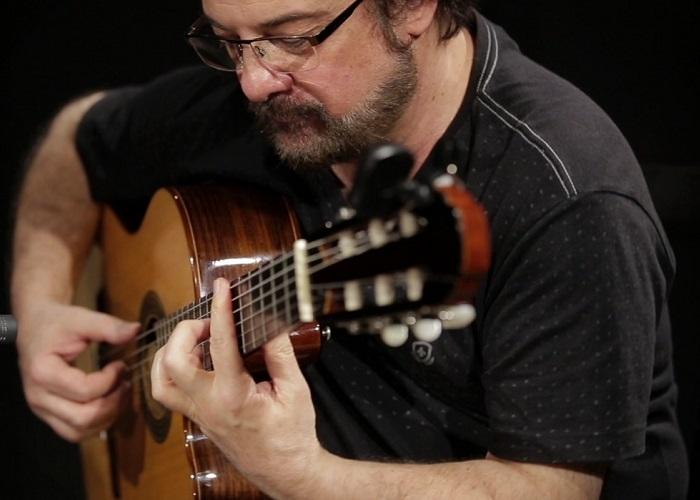 Capa do vídeo Conrado Paulino - O Pato (Jaime Silva / Neusa Teixeira)