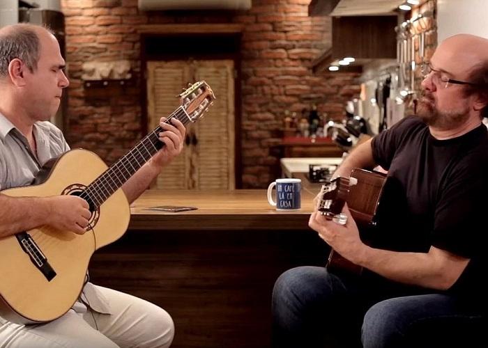 Conrado Paulino e Nelson Faria - Um café lá em casa