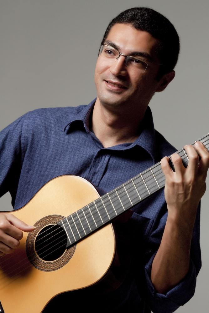 As primeiras apresentações de violão em Pernambuco (1830-1850) - Humberto Amorim