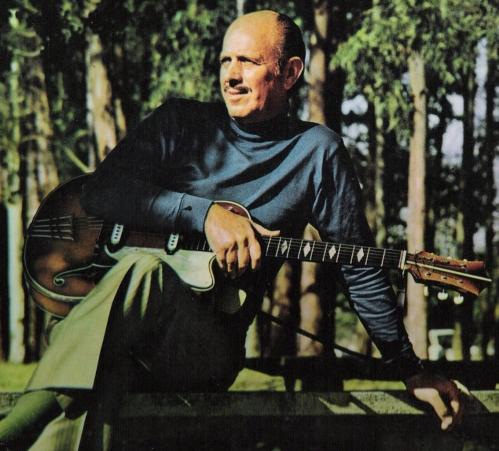 Acervo Instituto Bixiga e família do violonista.