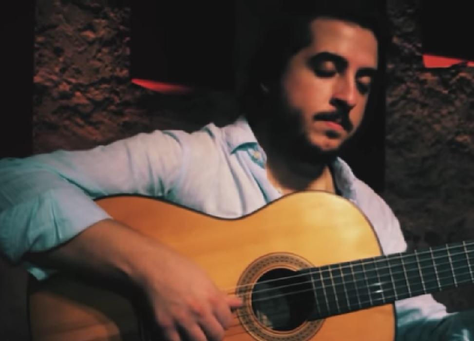 Capa do vídeo João Camarero - Choro da Brasiliana nº13 (Radamés Gnattali)