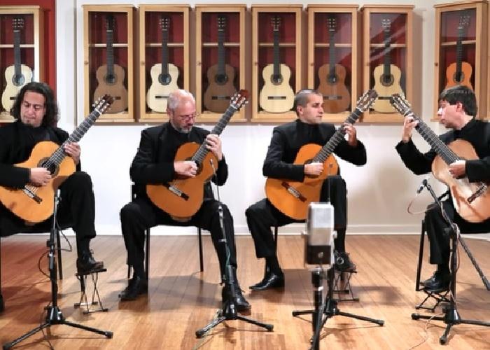 Capa do vídeo Quaternaglia Guitar Quartet - Estampas - II. Remanso (Federico Moreno Torroba)