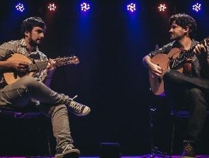 Capa do vídeo Duo Sai Conde e Guilherme Lamas - Dirce (E. Nazareth)