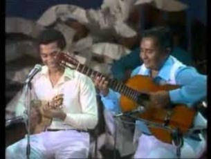 Capa do vídeo Paulinho da Viola e Canhoto da Paraíba - Pisando em Brasa