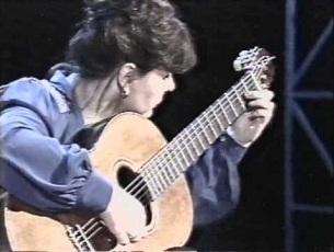 Capa do vídeo Maria Lívia S. Marcos - La Balada De La Donzela Enamorada (Leo Brouwer)